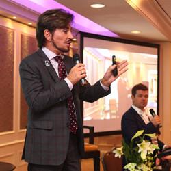 Конференция «От поверхности к форме» собрала 250 косметологов с Украины и мира